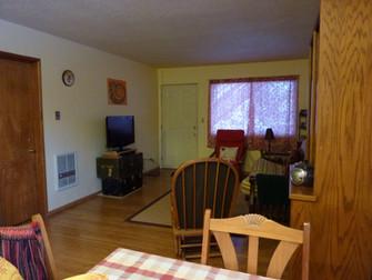 Living Room Facing North Entry.jpg