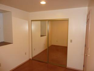 NE Bedroom S Wall