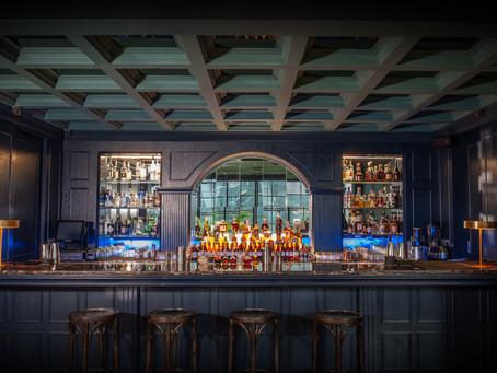 No Blue Moon: Frank's Bar