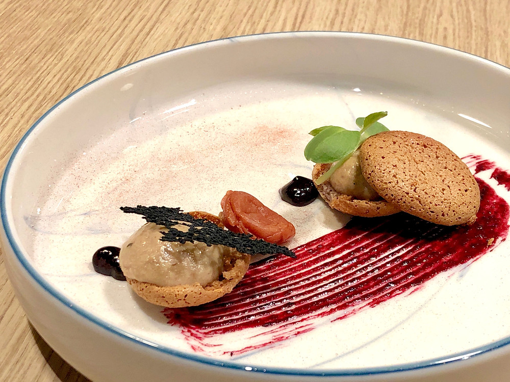Blackcurrant, foie gras and umeboshi macaron