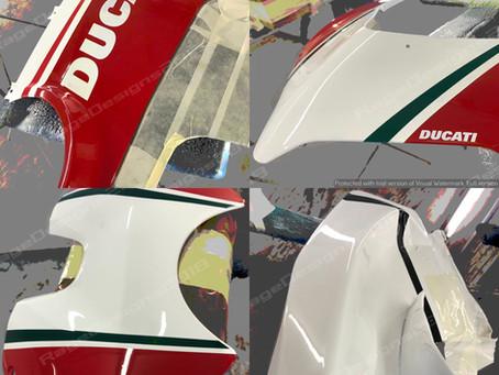 Ducati Panigale V4 Tricolore