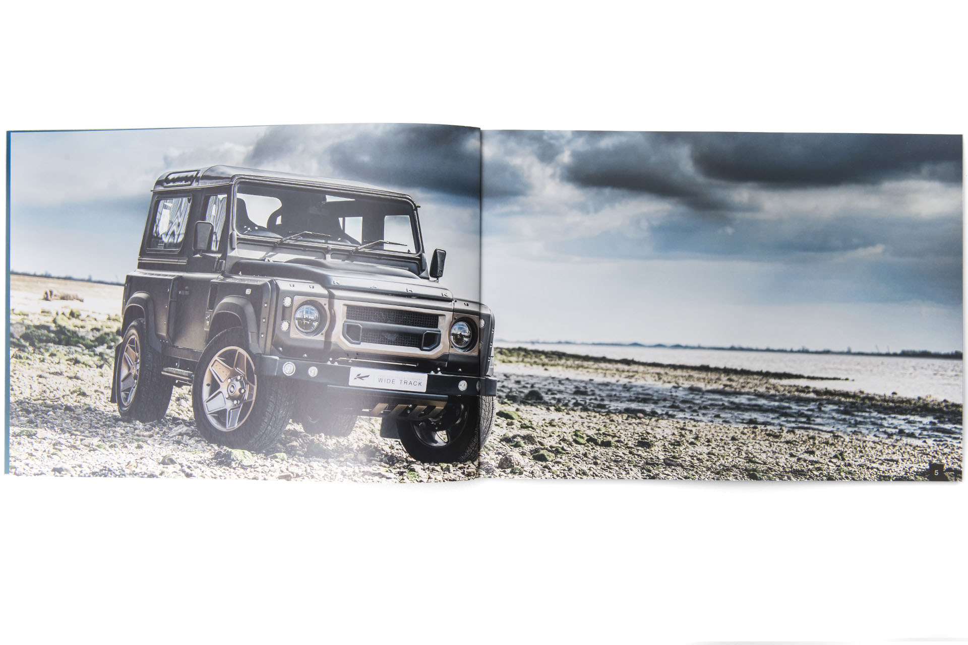 Chelsea Truck Co Brochure - Defender