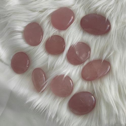 Galet de quartz rose