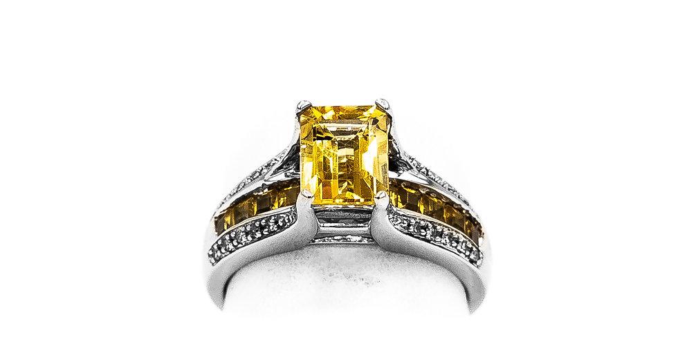 White Gold Emerald Shape Citrine 4 Prongs Ring