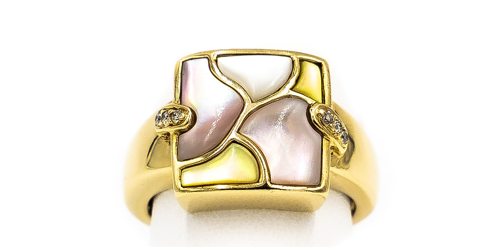 Yellow Gold Square Mother Of Pearl Ring
