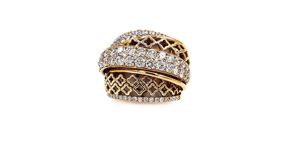 Rose Gold Graduated Band Pave Center Diamond Ring