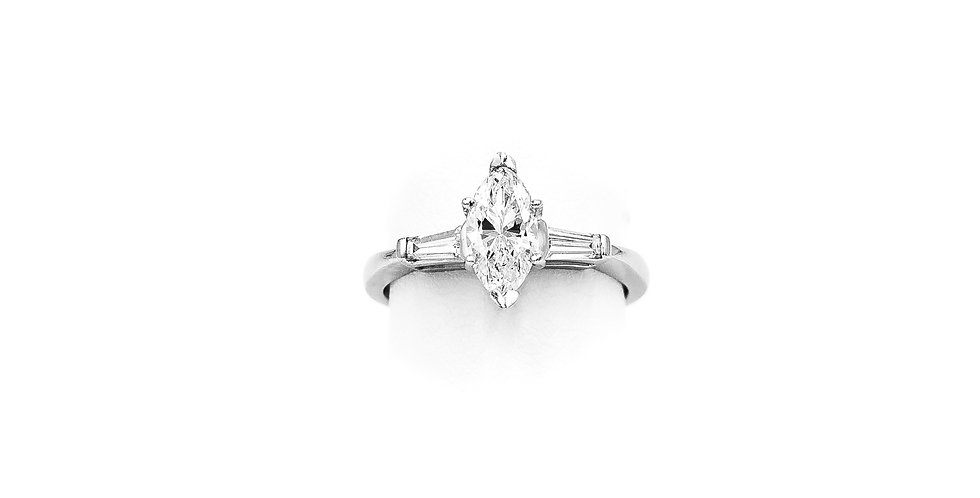 Platinum Tapered Banquet Diamond Ring