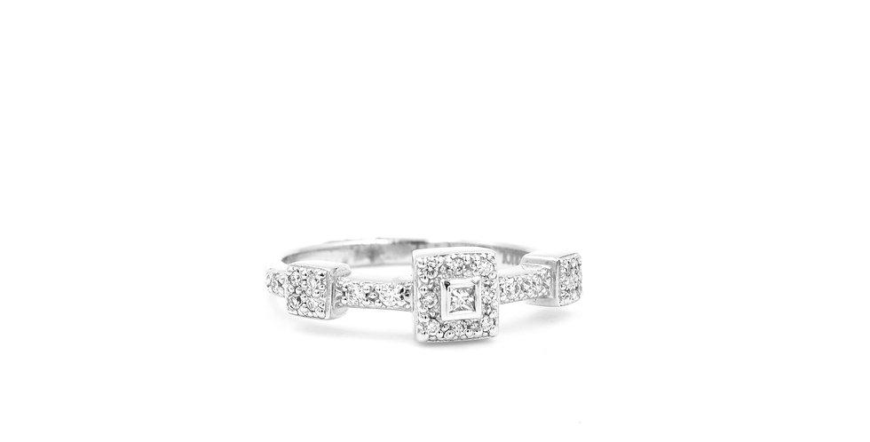 Alor Three Section Diamond Ring Ref. 02-08-1934-11