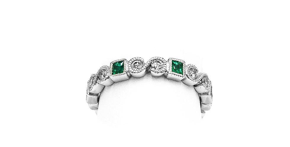 White Gold Emerald Princess Cut Ring