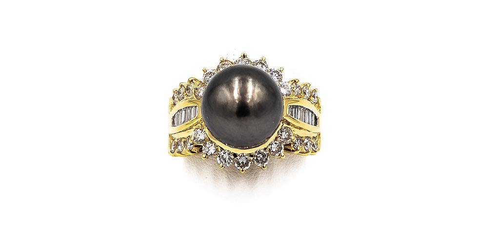 Yellow Gold Tahitan Pearl Banquette Round Channel Ring