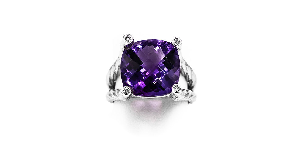White Gold Cushion Amethyst With Prongs In Diamonds Ring