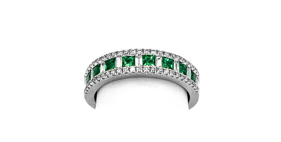 White Gold Princes Cut Emerald Diamond Bagets Ring