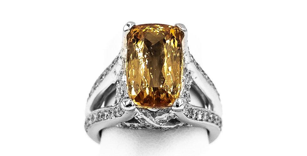 White Gold Citrine Antique Setting Ring