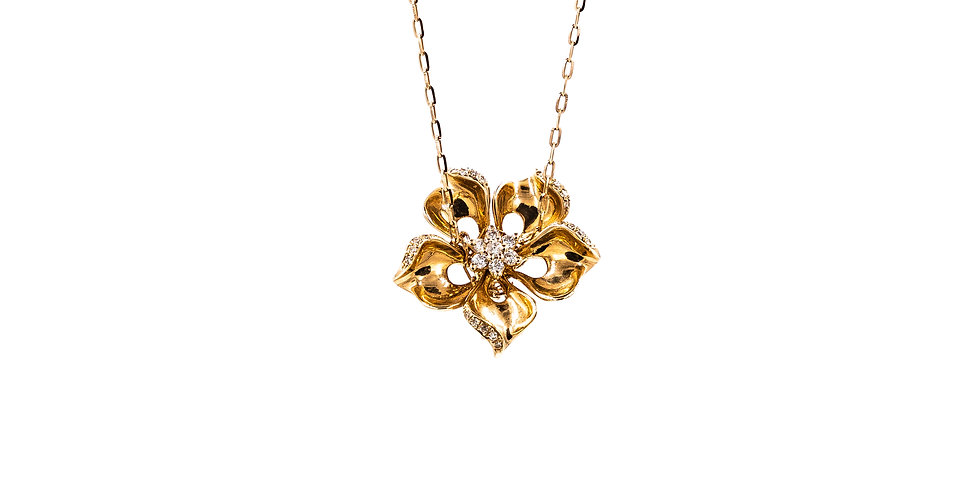 Rose Gold Flower Diamond Necklace