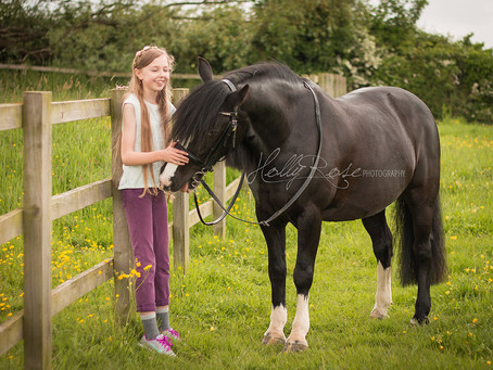 All About Me Me: Henrietta & Misty | Misterton 'My Horse & Me' Photoshoot | Retford