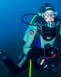 drysuit-diver-300x225.jpg