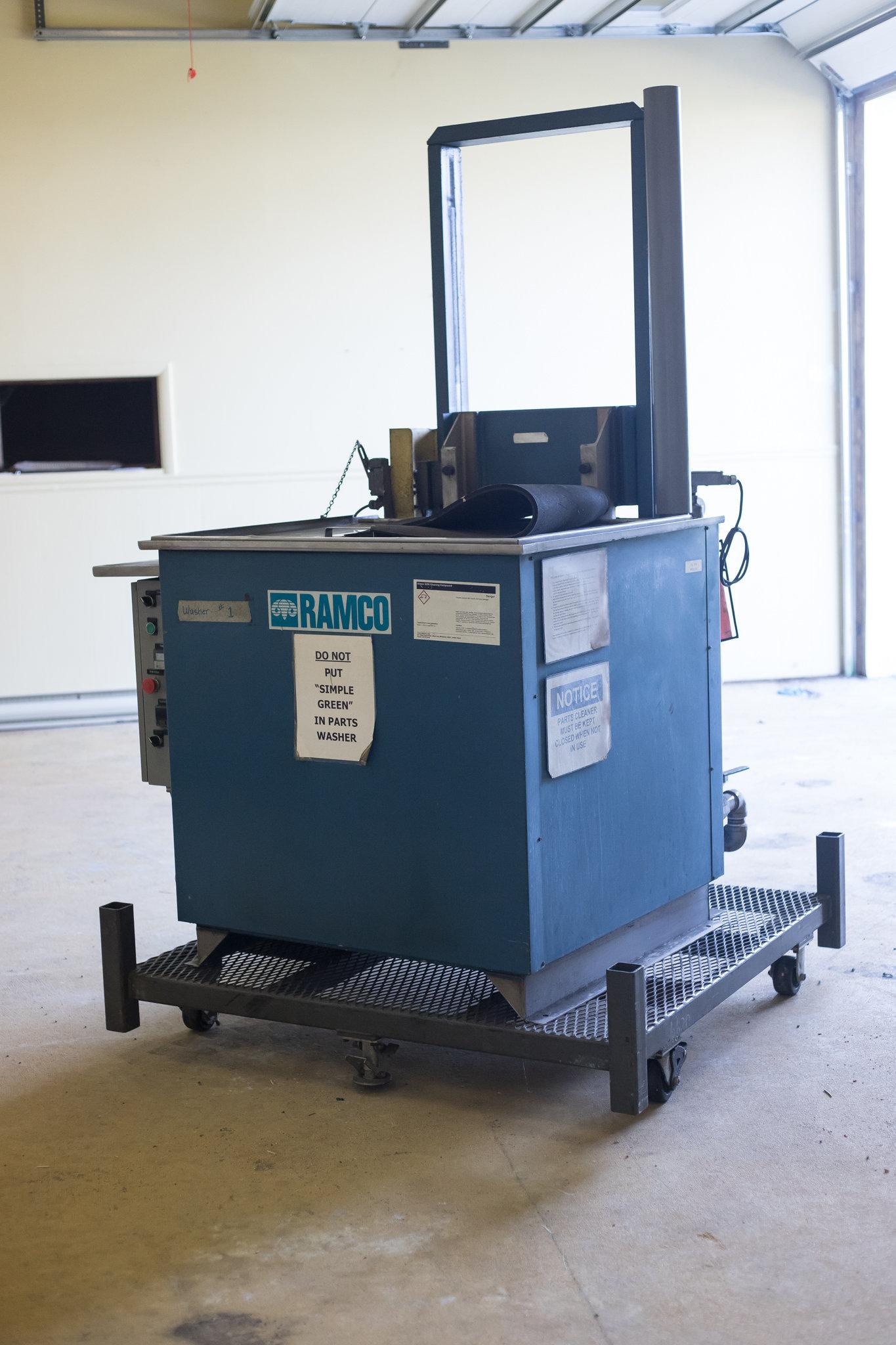 Ramco Parts Washer 500 lb capacity