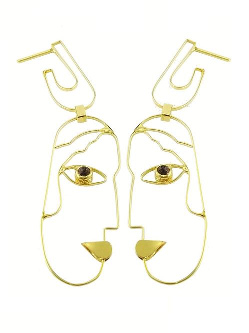 earring faces profile