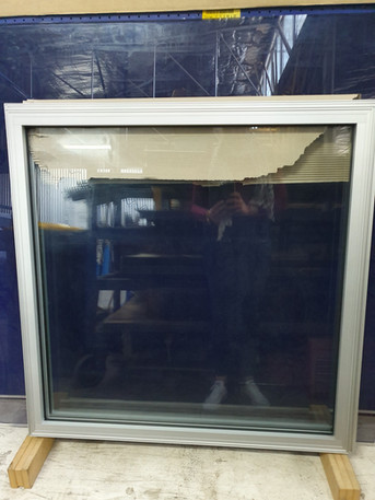 Clear anodized fixed window