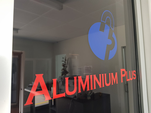 Aluminium Plus door through to showroom