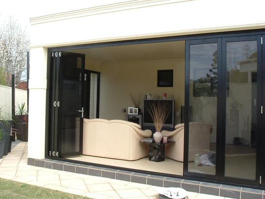 Hawkesbury multifold door located in Walkerville.jpg