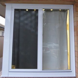 sliding window in pearl white with clear