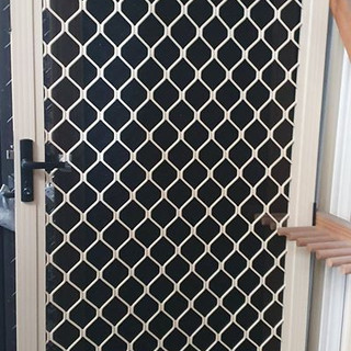 diamond grille screen door.jpg