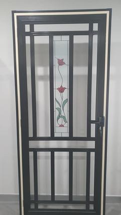 SP62A Red orchid door in Satin Black