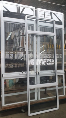 awning + fixed windows, manufactued at c