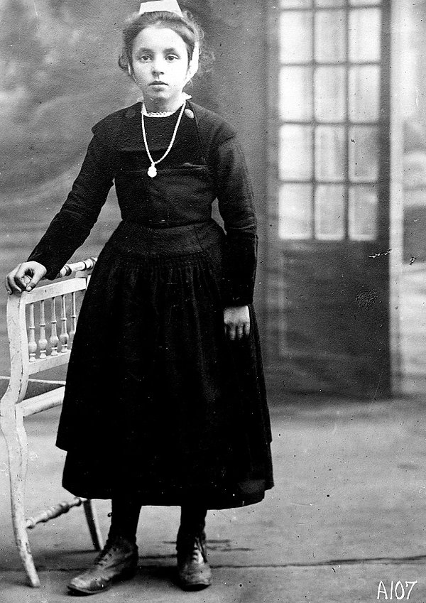 marie anne doarer kerfeunteun quimper Adopte orphelin finistere guerre 14 18 1914 1918 américain