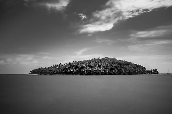 Les_îles_du_salut_-_Laurent_Camus_01.jpg
