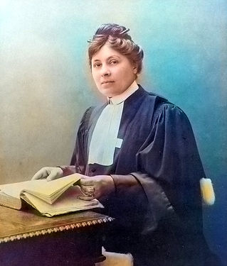 Jeanne-Chauvin-color 1900.jpg