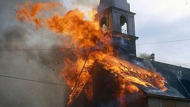 incendie-eglise-st-michel-rouyn-noranda.
