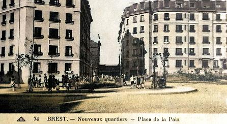 place_de_la_paix_brest_cpa_.jpg