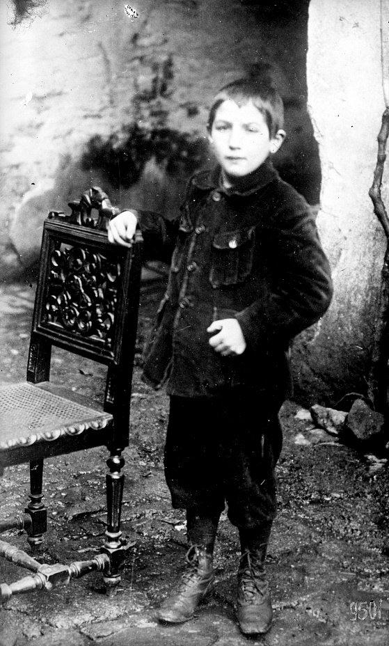 louis yan bannalec 1914 1918 guerre mondiale finistere adopté orphelin 14 18
