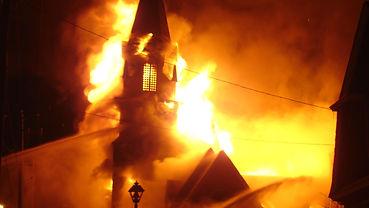 Incendie Eglise.jpg