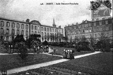 Delcourt ponchelet.jpg