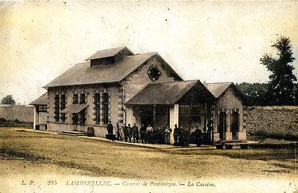 Caserne de Pontanezen _02.jpg