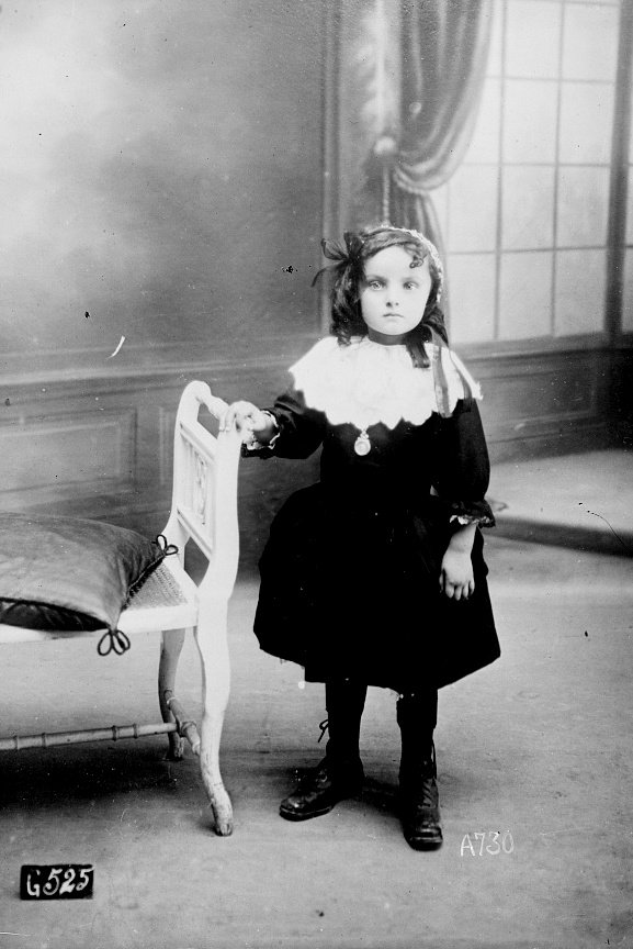 jeanne le roux quimper 1914 1918 guerre mondiale finistere adopté orphelin 14 18