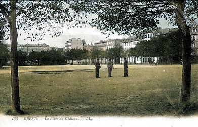 Brest Place du Chateau _03.jpg