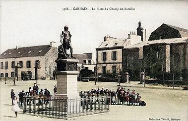 Carhaix statue La Tour d'Auvergne.jpg