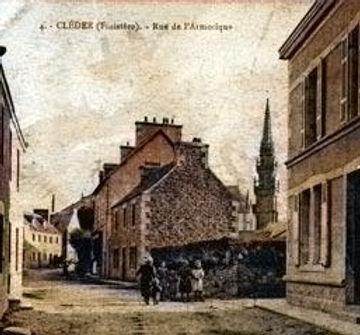 Cléder Rue-de-l-Armorique.jpg