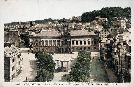 Morlaix - La Place Thiers.jpg
