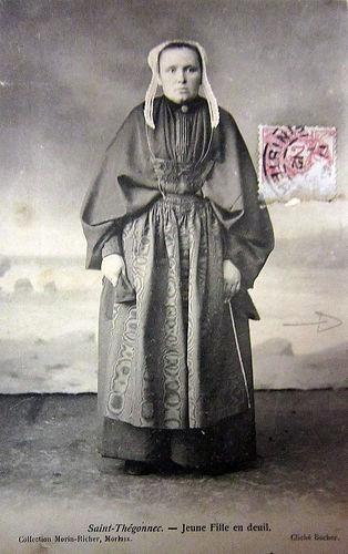 Saint-Thégonnec femme.jpg