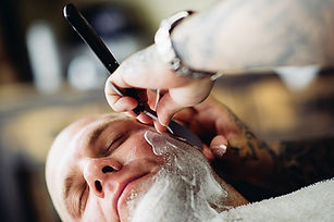 straight_razor_shave_455_303.jpg