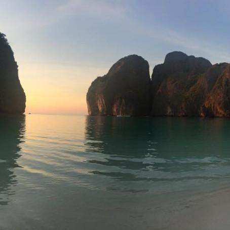 PHI PHI: Sua chance de dormir na praia
