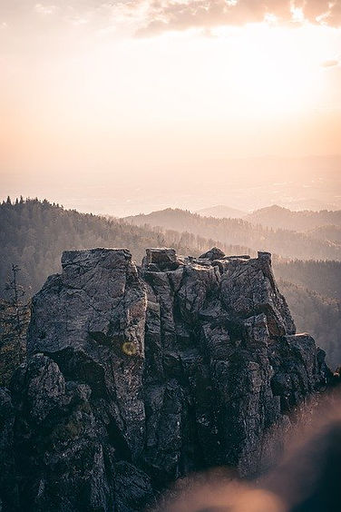 mountain-5289671_640.jpg