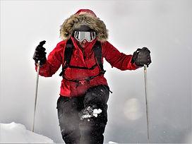 hike hikng winter snow wind windy photograph rachael sky photogaphy