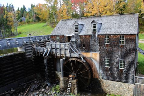 Water Powered Sawmill (2)