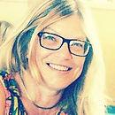 Pamela McDowell, Art Director, grafisk formgivare